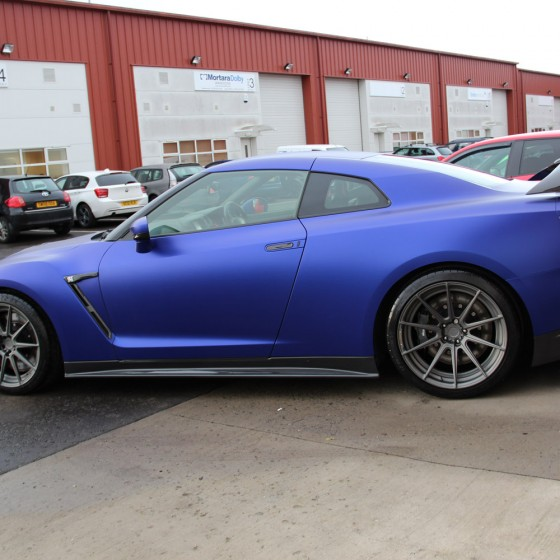 Nissan R35 GT-R – Satin Metalchrome Blue Vinyl Wrap